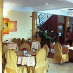 Akroma Plaza Hotel
